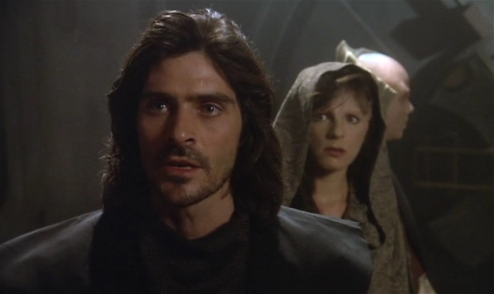 Marcus with Delenn and Lennier