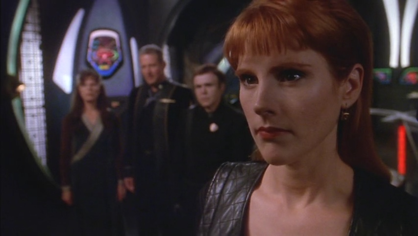 Lyta on the White Star bridge with Sheridan, Delenn and Bester