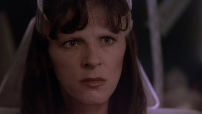 Delenn issues the order to destroy the Drakh ship.