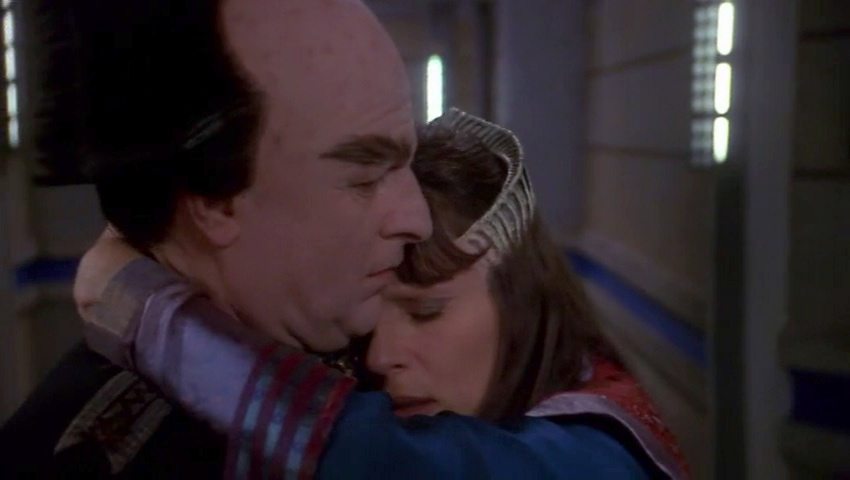Delenn hugs Londo after learning Lennier got the evidence.