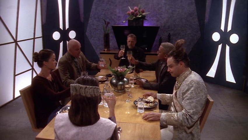 Delenn, Ivanova, Garibaldi, Sheridan, Franklin and Cotto